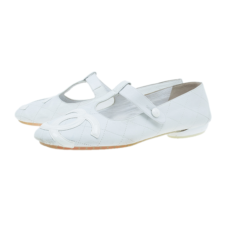 Chanel White Quilted Leather Cambon T Strap CC Ballet Flats Size 40