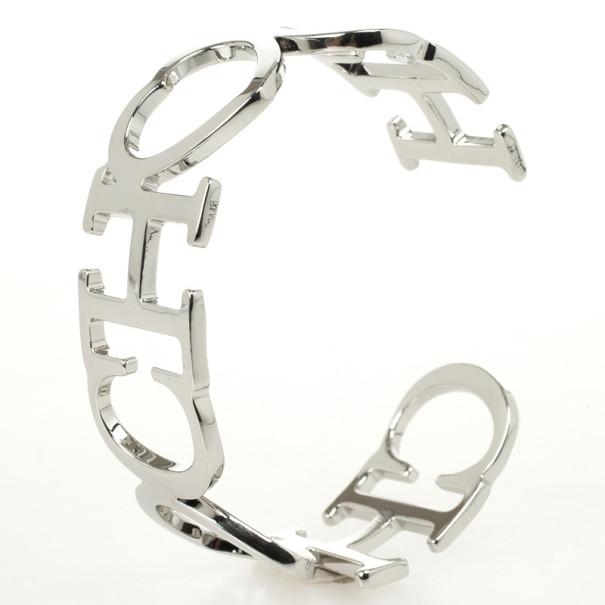 Carolina Herrera CH Heart Bracelet