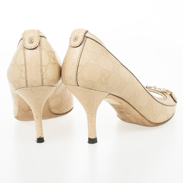 Gucci Cream Guccissima Stamped Leather Horsebit Peep Toe Pumps Size 38.5