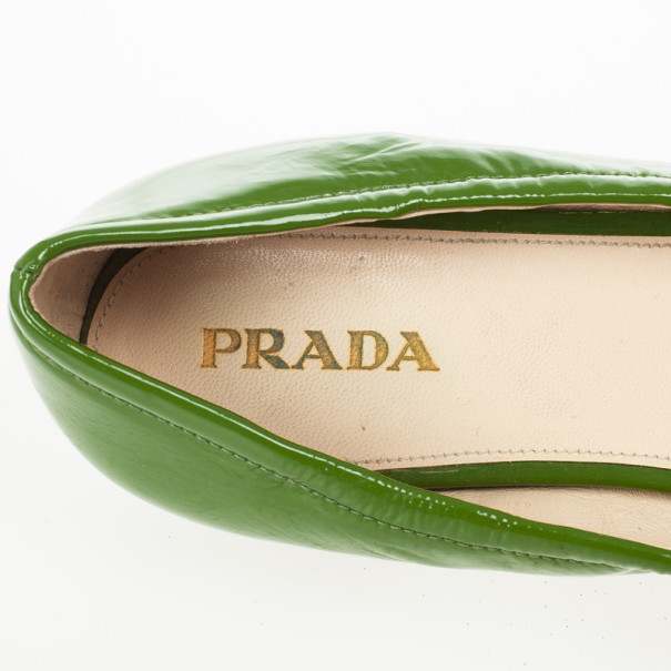 Prada Green Patent Leather Buckle Ballet Flats Size 39