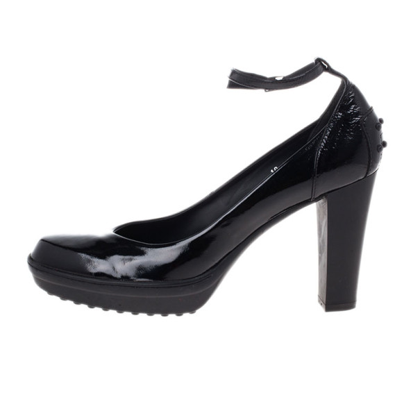 Tod's Black Patent Leather Ankle Strap Pumps Size 40