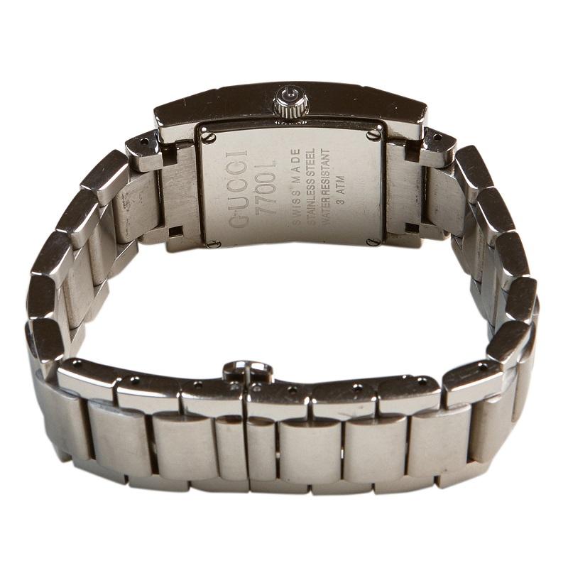 Gucci Black Stainless Steel 7700L Women's Wristwatch 24MM