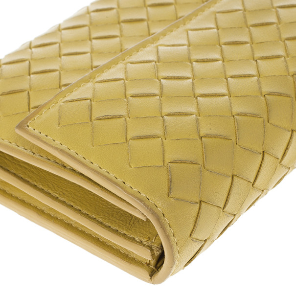 Bottega Veneta Banane Intrecciato Continental Wallet