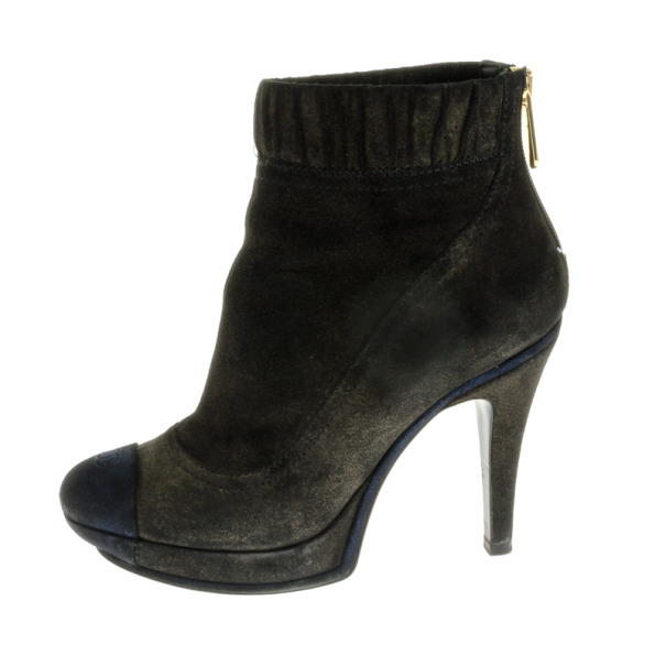 Chanel Grey Suede CC Cap Toe Ankle Boots Size 37
