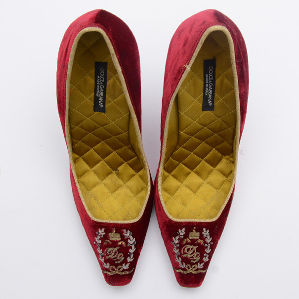 Dolce and Gabbana Red Velvet Embroidered Pumps Size 36