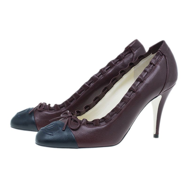Chanel Two Tone Scalloped Leather CC Cap Toe Pumps Size 39