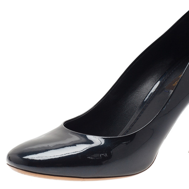 Louis Vuitton Black Patent Oh Really! Pumps Size 39