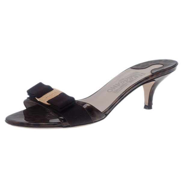 Salvatore Ferragamo Brown Glory Bow Slides Size 37