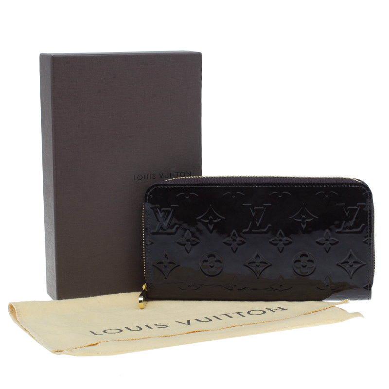 Louis Vuitton Amarante Monogram Vernis Leather Zippy Wallet
