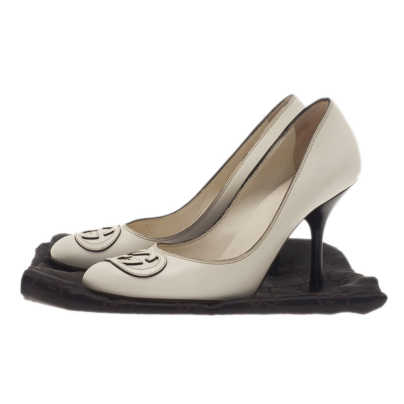 Gucci White Leather Interlocking GG Pumps Size 35.5